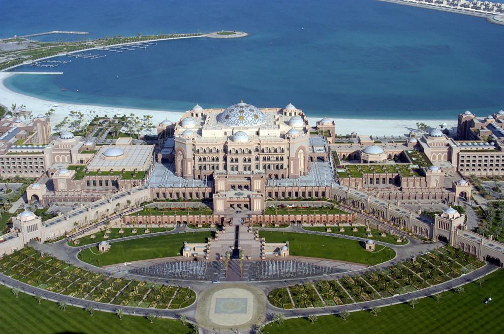 01-emirates-palace-abu-dhabi